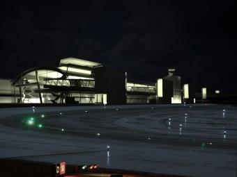 Aeropuerto Alvedro nocturna