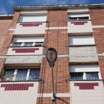 Detalle desperfectos fachada
